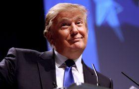 特朗普發推提主張:美國和歐盟同時取消所有關稅插圖